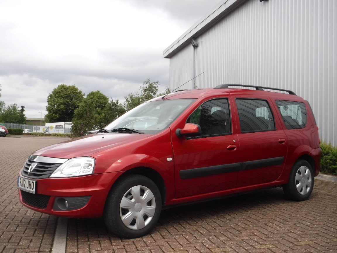 dacia logan mcv laureate 1 6 petrol lpg 7 seats 2012 for sale at the lhd place basingstoke uk