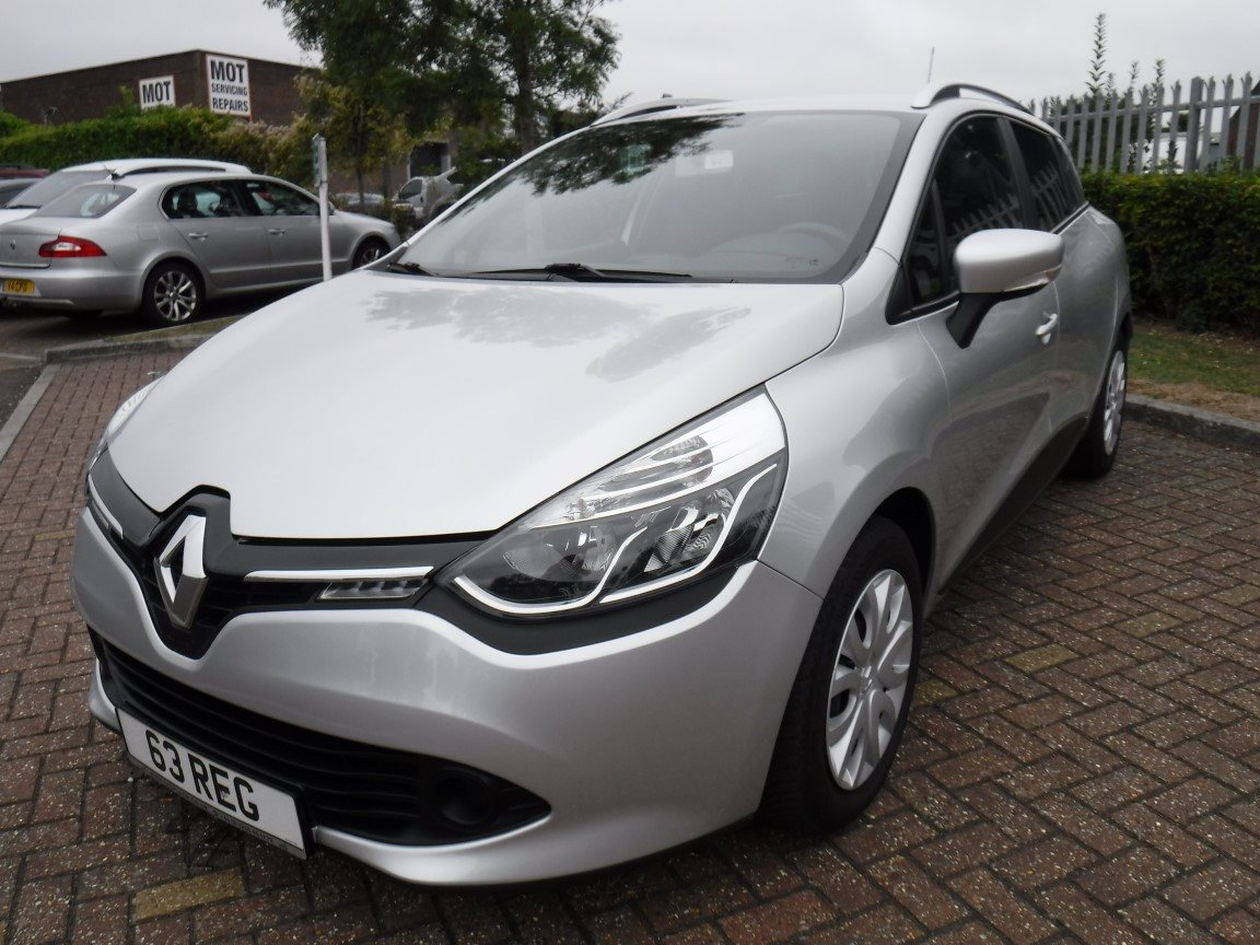 ffe5152299 RENAULT CLIO 1.5 DCI GRANDTOUR (2014) for sale at The LHD Place ...